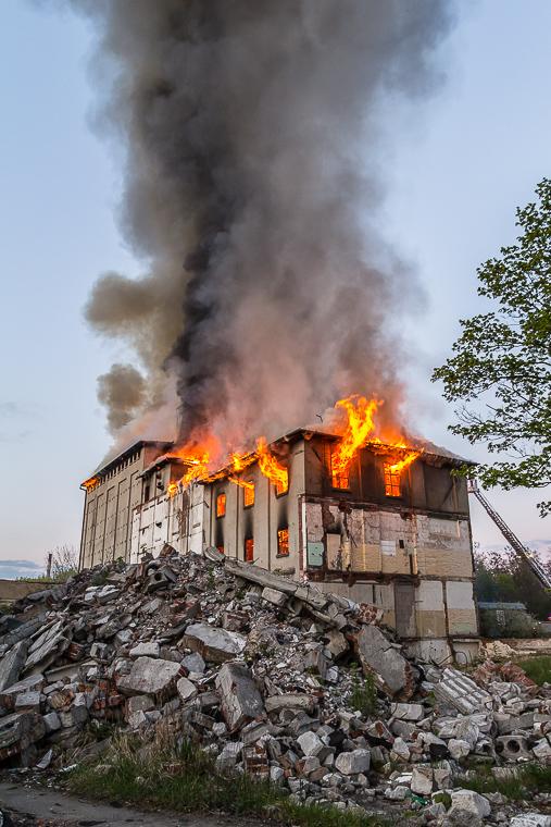 Pożar młyna w Poznaniu