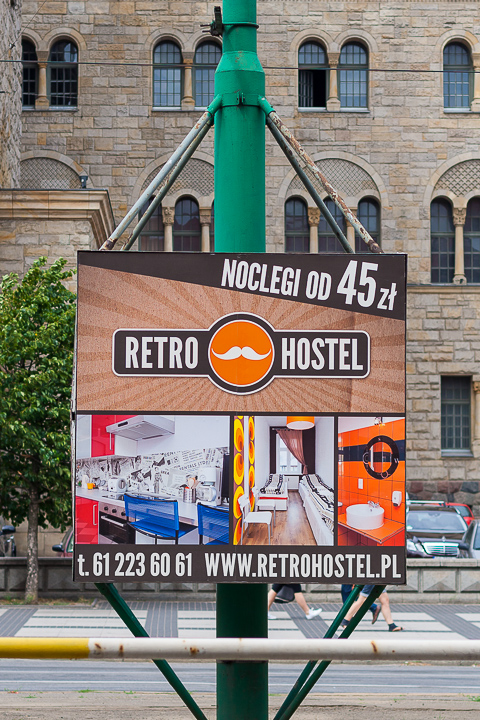 Zdjęcia reklamowe na banerze w centrum Poznania